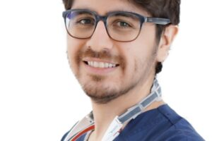 Dr. Ariel Merino